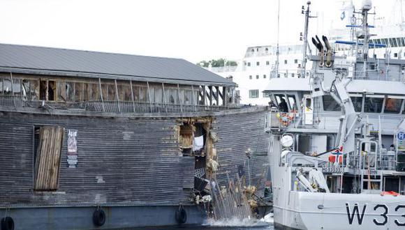 """El """"Arca de Noé"""" choca contra un barco patrullero en Noruega"""