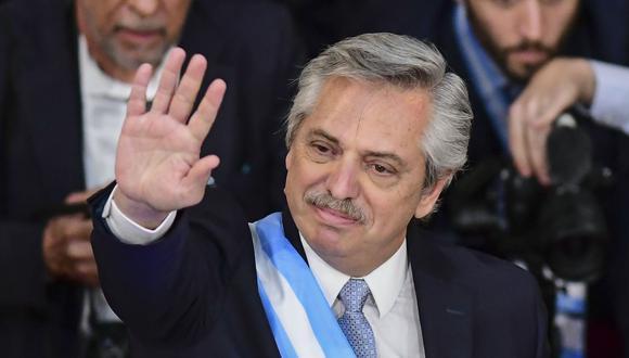 """Fernández, líder del partido """"Frente de Todos"""", pretende establecer un nivel de confianza en la población pese a los problemas heredados. (Foto: AFP)"""