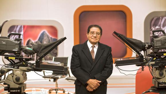 'Presencia Cultural' llegó a su fin tras 38 años en el aire. Directivo del canal estatal responde por la polémica decisión de sacar programa dirigido por Ernesto Hermoza. (FOTO: Prensa Tv Perú)