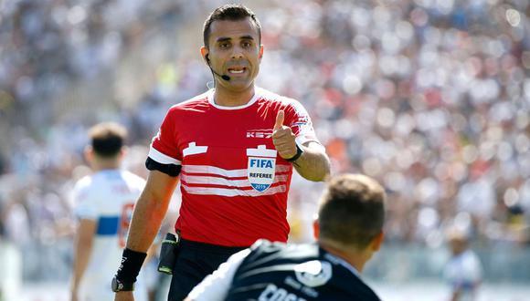 El árbitro chileno Piero Maza, jefe del VAR en el Perú vs. Brasil.