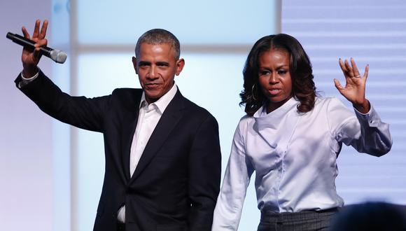"""Barack y Michelle Obama recordaron que la muerte de George Floyd resonó """"en todo el mundo"""", pero siempre existió la pregunta más básica: """"¿Se haría justicia?"""". (Foto: Jim Young / AFP)."""