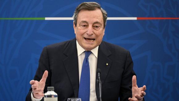 El primer ministro italiano Mario Draghi asiste a una conferencia de prensa sobre el plan de lucha contra la pandemia del coronavirus Covid-19, Roma, Italia. (Foto: EFE / EPA / RICCARDO ANTIMIANI).
