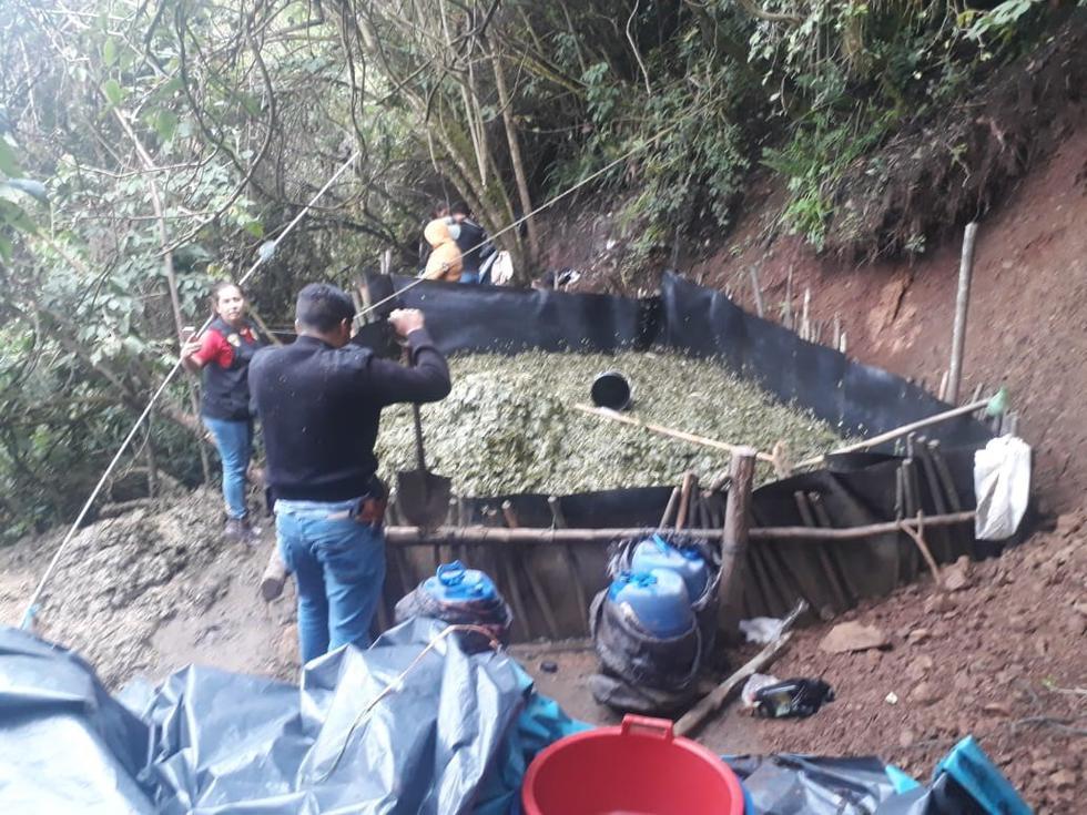 La Libertad: policía destruye laboratorio clandestino de pasta básica de cocaína. (Foto: PNP)