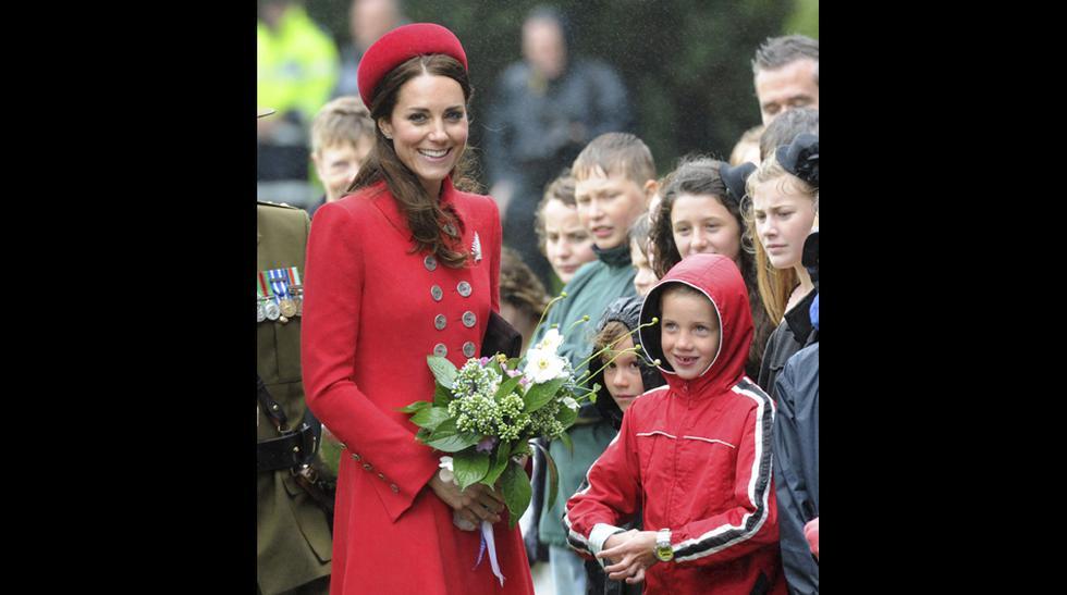 El pequeño príncipe George realizó su primera actividad pública - 17