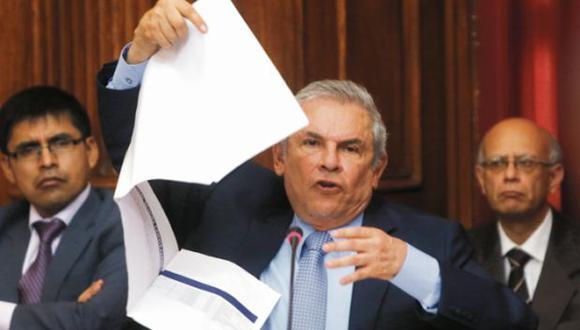 Buscan 25 mil firmas para obligar a Castañeda a rendir cuentas