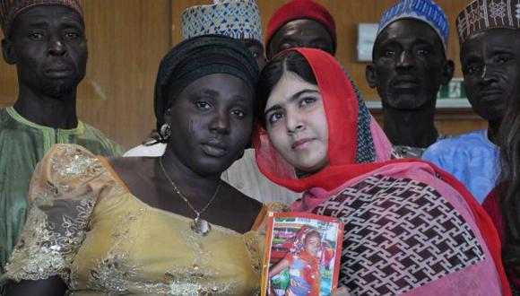 Malala visita Nigeria y exige que liberen a niñas secuestradas
