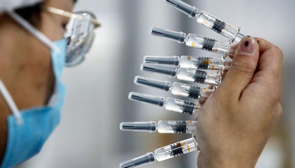 OMS dice que no habrá inmunidad de rebaño al coronavirus en el 2021 pese a vacunas. (REUTERS/Thomas Peter/File Photo).