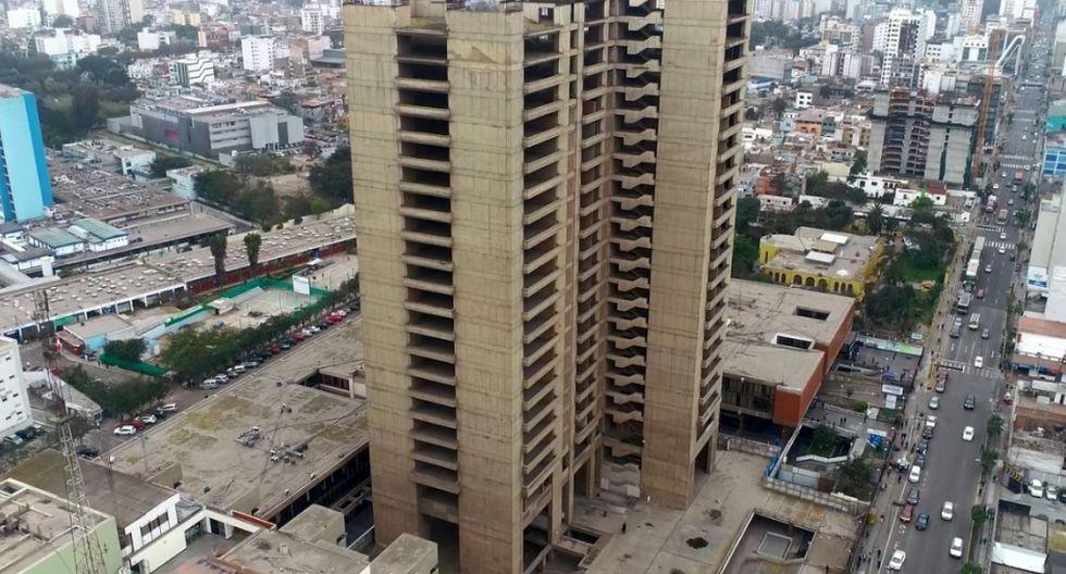 La llamada Torre Bicentenario fue construida en 1971, durante el gobierno del general Juan Velasco Alvarado. (Foto: Essalud)