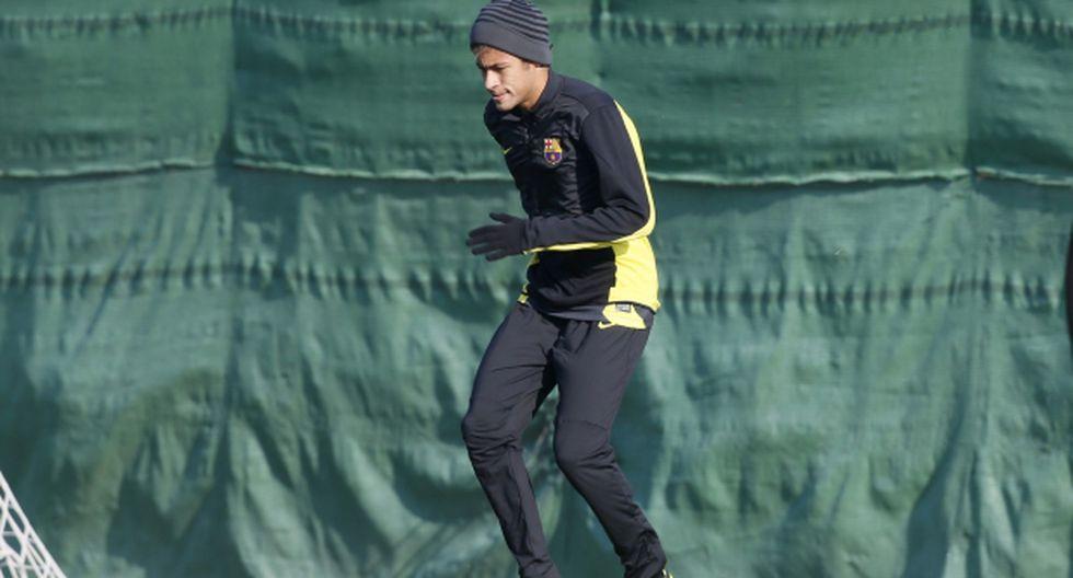 Neymar ya toca balón y jugaría ante el Manchester City