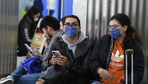 """Científicos italianos estudian las razones por las que el virus se propagó en Italia y """"las diferencias con el coronavirus de China para poder elaborar un tratamiento y hasta una vacuna"""". (Foto: AFP)"""