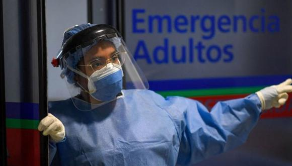 Los servicios de emergencias por covid reflejan el mayor nivel de casos graves de covid-19. (Foto: AFP).
