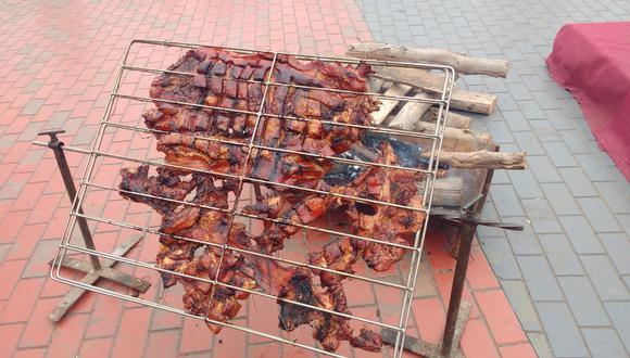 Festival dedicado al chancho al palo se realizó en Huaral.