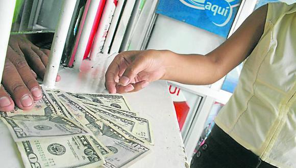 """""""El 61% de las reservas de los bancos centrales se encuentra en dólares y se utiliza para el 60% del comercio mundial. En el Perú, el 27% de los créditos y el 37% de depósitos están en dólares"""", menciona Marrero. (Foto: Archivo)"""