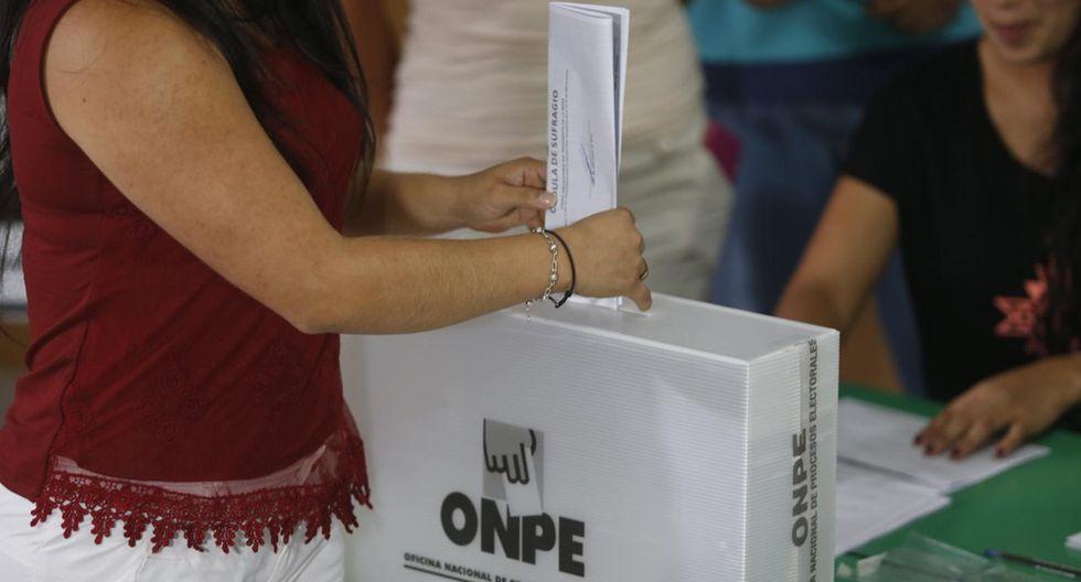 El 34% responde que votará en blanco o viciado y el 17% no precisa, según la encuesta de El Comercio-Ipsos. (Foto:  Rafael Cornejo)