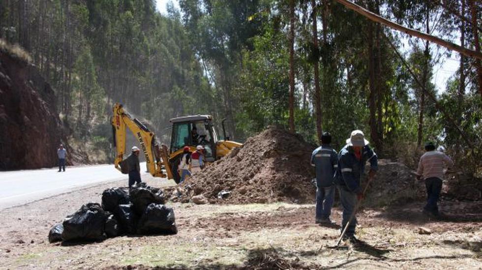 Cusco: reforestarán área afectada por basura en Sacsayhuamán - 2