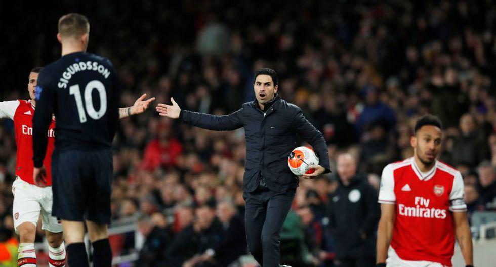 Estas fueron las mejores imágenes del duelo entre Arsenal y Everton por la Premier League. REUTERS/David Klein