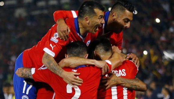 Chile derrotó 2-0 a Ecuador en el inicio de la Copa América
