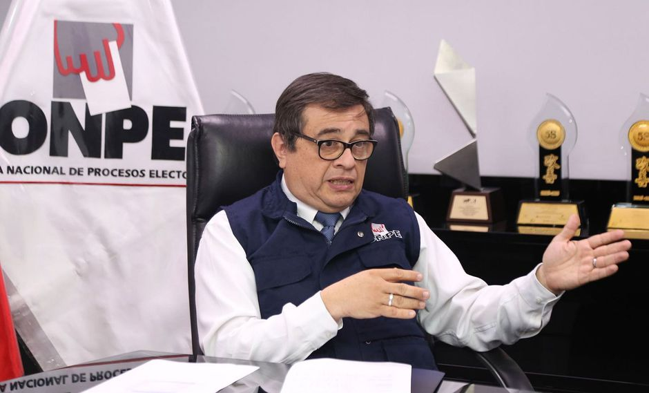 Castillo Meza indicó que debido a su agenda relacionada a la organización de las elecciones regionales y municipales de este año no podía asistir hoy al Ministerio Público. (Foto: Andina)