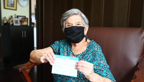 Vacunación contra el COVID-19 de adultos mayores continúa a la fecha en el país. (Foto: Archivo GEC)