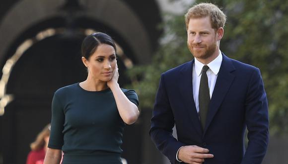El príncipe Harry y su esposa Meghan en una visita a Dublín, Irlanda, el 10 de julio de 2018. (AFP / POOL / CLODAGH KILCOYNE).