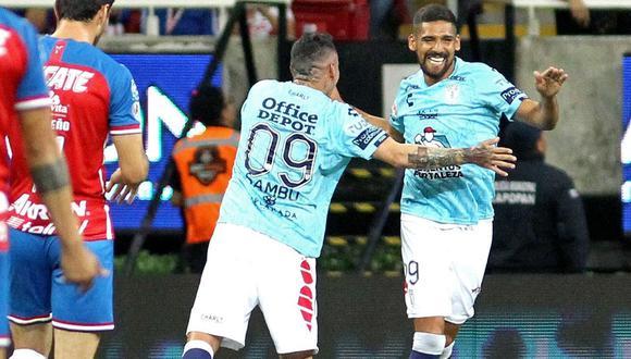 Pachuca ganó 4-2 a Chivas en el estadio Akron, 'Tuzos' se impusieron con doblete de Jara por el Apertura 2019 Liga MX. (Foto: AFP)