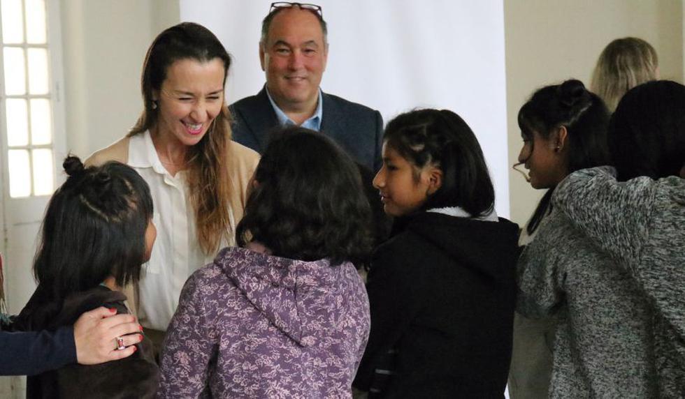 Vania Masías y la Beneficiencia de Lima firmaron un convenio a favor de los niños del Puericultorio Pérez Araníbar. (Foto: Difusión)