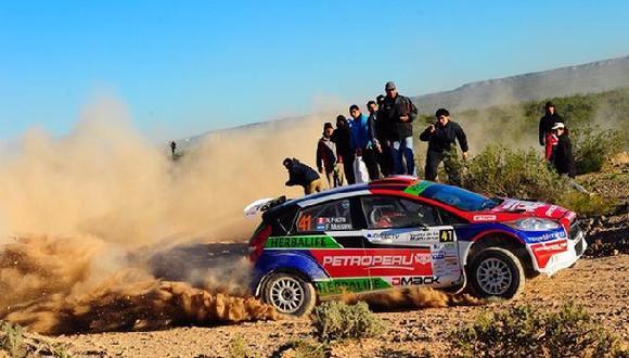 Nicolás Fuchs remontó y terminó cuarto en rally en Argentina