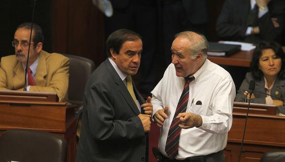 García Belaunde sostuvo que solo se acordó apoyar las investigaciones contra Yonhy Lescano. (Foto: GEC)