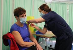 Reino Unido logra su objetivo de vacunación contra el coronavirus para los mayores de 50 años
