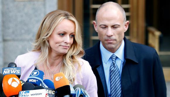 El abogado Michael Avenatti habría robado hasta US$300 mil a la actriz porno Stormy Daniels, supuesta amante de Donald Trump. (AP).