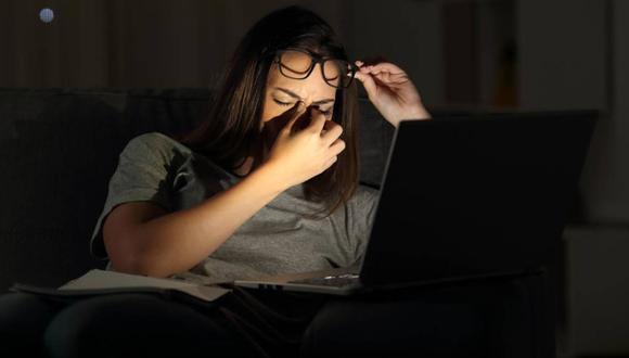 Tener varias videollamadas seguidas durante el trabajo puede ser desgastante, sobre todo cuando pueden reemplazarse con otras vías de comunicación y se pasan varias horas trabajando frente a una pantalla en estos meses de trabajo remoto forzoso.