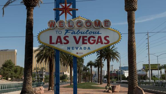 Clubes de striptease de Las Vegas reabrirán el 1 de mayo tras más de un año de cierre por el coronavirus. (Foto: BRIDGET BENNETT / AFP).