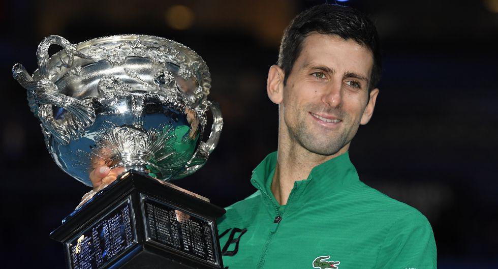 Novak Djokovic ganó el Australian Open 2020, luego de superar en cinco sets a Dominic Thiem. (Foto: AFP)