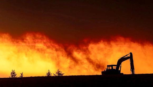 Imagen muestra un incendio en la zona de Salem, Oregon, Estados Unidos, el 8 de setiembre de 2020. (ZAK STONE/via REUTERS).