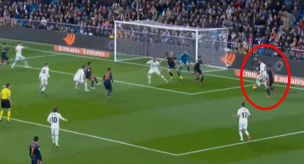 Real Madrid vs. Valencia EN VIVO: Wass propició autogol del 1-0 tras jugada de Modric, Benzema y Carvajal. (Foto: Captura de pantalla)