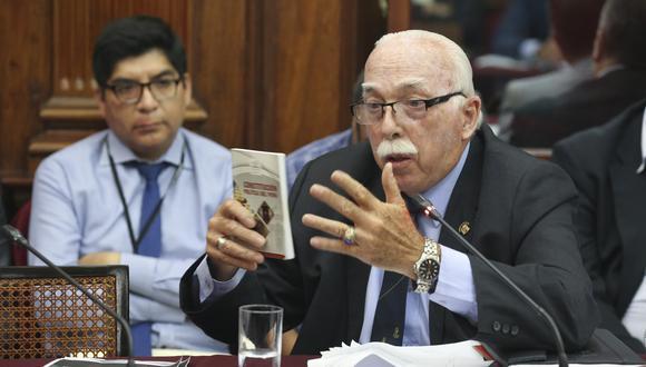 El vocero de Fuerza Popular, Carlos Tubino, descartó que visitas a Keiko Fujimori tengan que ver con la coyuntura. (Foto:  Congreso)