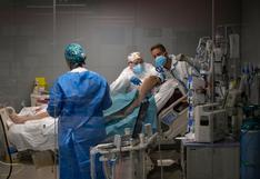 España registra 11.000 nuevos contagios y 132 muertes por coronavirus en un día