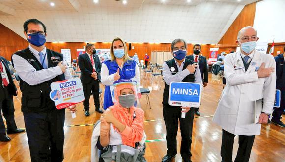 Desde el sábado 26 empezó la vacunación para pacientes con cáncer y para los pacientes con VIH. (Foto: Minsa)