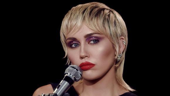 """Miley Cyrus estrenó """"Midnight Sky"""", su nuevo tema liberador y ochentero. (Foto: @mileycyrus)"""