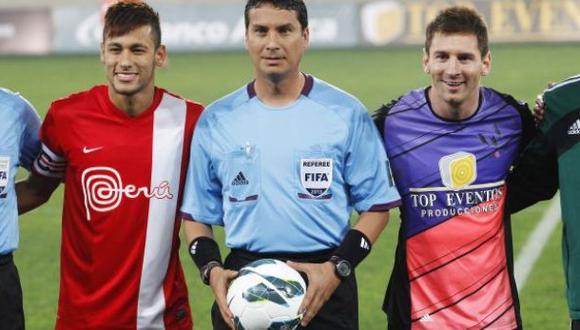 Lionel Messi y Neymar se hicieron presentes en Lima para jugar un encuentro amistoso en el año 2013. (Foto: El Comercio)