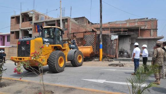 De acuerdo con Martos Ruíz, estas dos viviendas serán reconstruidas en su totalidad tras activarse el recurso de Fondes (Fondo Para Intervenciones ante la Ocurrencia de Desastres Naturales). (Foto: Diana Marcelo/ GEC)