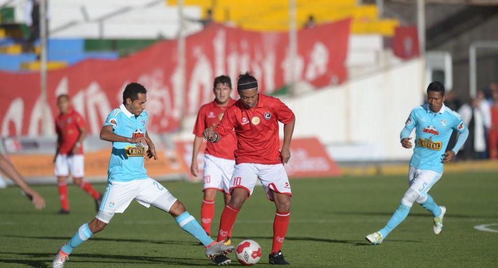 Ronaldinho: las postales del Cienciano contra Sporting Cristal - 14