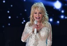 Dolly Parton: cinco episodios memorables en la vida de la estrella que esperó su turno para vacunarse
