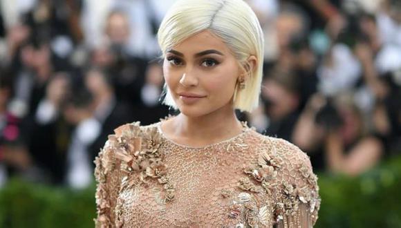 ¿Cómo Kylie Jenner se hizo millonaria? | Kylie no solo está haciendo historia como mujer. Si el crecimiento de su compañía se mantiene, en un tiempo se convertirá en la multimillonaria más joven de la historia. (Foto: AFP)