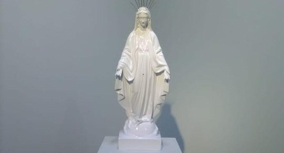 Así quedó la obra de la artista Romina Chuls luego que desconocidos retiraran de la escultura la intervención plástica de la artista.