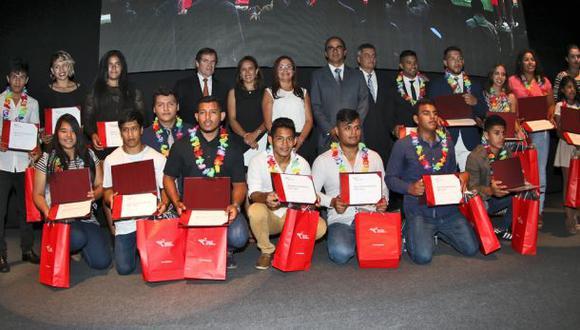 IPD reconoció y premió a los mejores deportistas del 2016