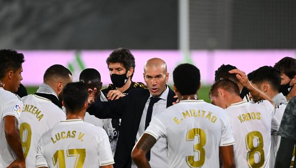 Real Madrid, a falta de dos fechas para acabar con el calendario de LaLiga española, tiene la primera opción para quedarse con el campeonato cuando enfrente en el Estadio Alfredo Di Stefano a Villarreal. (Foto: AFP)