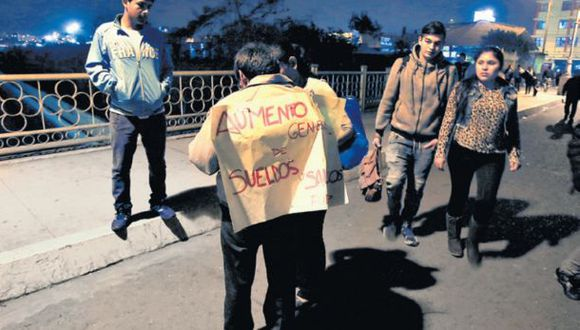 Movadef: militantes recolectan firmas en el Centro de Lima