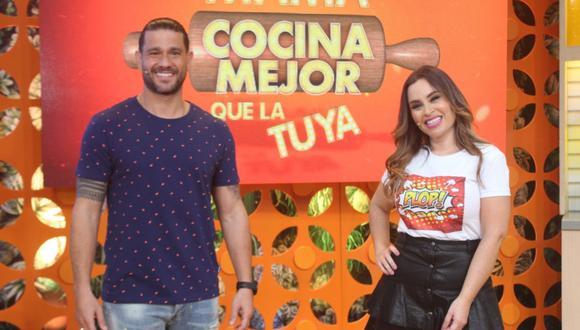 """Yaco Eskenazi y Ethel Pozo anunciaron novedades para la nueva temporada de """"Mi mamá cocina mejor que la tuya"""". (Foto: América TV)"""
