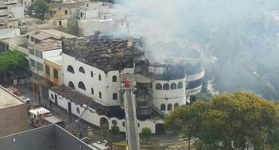 Imágenes del incendio que generó alarma en San Isidro - 4